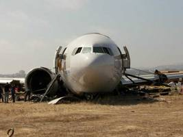asiana airlines fined $500,000 for failing to help families after san francisco plane crash
